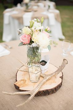 love the different ideas for center pieces, would do each a different way