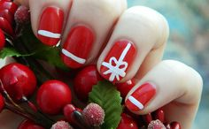 34 Striped Christmas Nail Art Designs