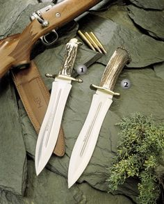 Muela knives, Podenquero hunting knives, Handle of stag