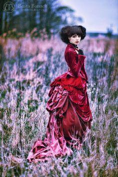 Model: Mamiko Photo: Beata Banach Photography Designer: Ewa Jobko - Costume Designer