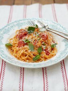 Classic Tomato Spaghetti   Food Revolution   Jamie Oliver