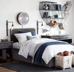 Boy Room: 60 projects that help you make the right choice - Home Fashion Trend Boys Bedroom Furniture, Boys Bedroom Decor, Teen Boys Room Decor, Geek Furniture, Teenage Room, Bedroom Ideas, Master Bedroom, Teen Boy Bedding, Teen Boy Bedrooms