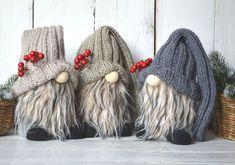 Christmas Gift For You, Christmas Gnome, Christmas Holidays, Christmas Decorations, Valentine Day Gifts, Valentines, Fur Decor, Seasonal Image, Scandinavian Gnomes