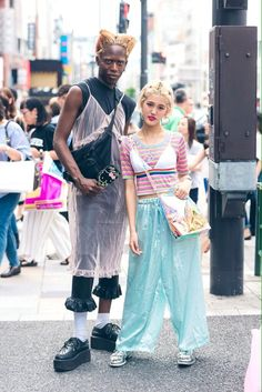 Street Snap, Street Look, Street Style, Queer Fashion, Sequin Skirt, Boho, My Style, Skirts, Whimsical