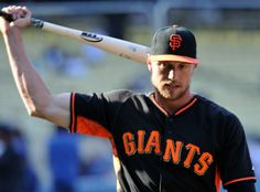San Francisco Giants' Hunter Pence warms up during batting practice prior to a baseball game against the Los Angeles Dodgers in Los Angeles, Thursday, May 8, 2014. (AP Photo/Kelvin Kuo)