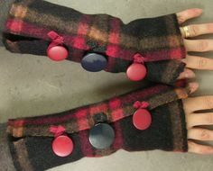 #arm warmers #recycled wool #eco friendly #plaid #repurposed #upcycled @piabarile $26