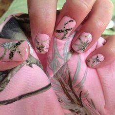 pink mossy oak nails ((: