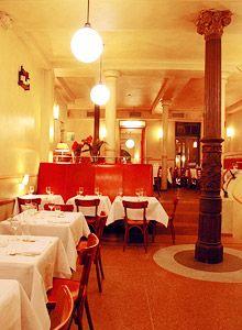 Das Cox in deer Nähe des HBF Hamburg bietet regionale Köstlichkeiten mit modernem Touch.