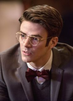 The Flash 2x13 - Barry Allen - Earth 2 - Visit now to grab yourself a super hero…