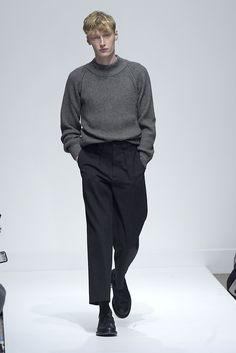 【ルック】「マーガレット・ハウエル メンズ」2016-17年秋冬ロンドン・メンズ・コレクション | 2016-17 FW LONDON MEN'S COLLECTION | MARGARET HOWELL MENS | COLLECTION | WWD JAPAN.COM