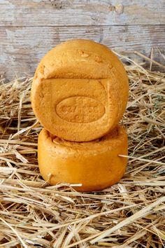 Fumetta (formaggella affumicata) Ingredienti: LATTE pastorizzato, caglio, sale, fermenti lattici, fumo liquido