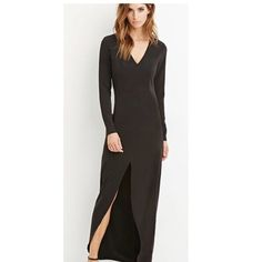 Contemporary Maxi dress with slit Contemporary maxi dress with slit. Size small. Never been worn Dresses Maxi