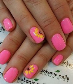 Pink sunflower nails for spring and summer