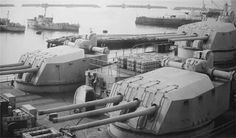 Post with 3202 views. Battleship in the front, heavy cruiser in the back. Postwar photograph of the French battleship Jean Bart's secondary battery. Naval History, Military History, Uss Massachusetts, Bbs, Gun Turret, Heavy Cruiser, Capital Ship, Merchant Marine, French Army