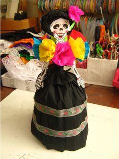 Calaveras Vestidas, Calaveras Papel, Calaveritas Disfrazadas, Mexicanas Catrina, Calavera Mexicanas, Fiestas Mexicanas, Artesanias Mexicanas,