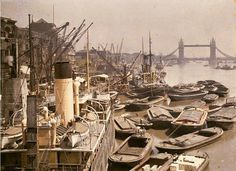England France Algeria Benin India Mongolia Vietnam Albert Kahn embarked on an ambitious project to create a colour photographic record of, and for, the peoples of the world Victorian London, Vintage London, Old London, South London, London History, British History, Old Pictures, Old Photos, Amazing Pictures