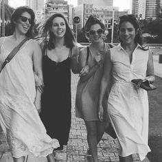 Missing my girls. We had a little #sexandthecity moment thanks to @aniabukstein for taking the pic. מתגעגעת לחברות שלי. איזה רגע של סקס והעיר הגדולה היה לנו. תודה לולי שצילמת רגע כזה יפה. #girls #beauty #grateful Alona Tal, My Girl, In This Moment, Celebrities, Instagram Posts, Dresses, Fashion, Vestidos, Moda