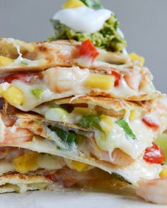beyond amazing!! chipotle beer shrimp quesadillas with spicy guac via how sweet it is #tailgating