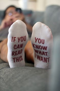 Funny Socks for Men, If You Can Read This, Mens Novelty Socks for Valentines Day with Text Printed on the Sole – 2019 - Socks Diy