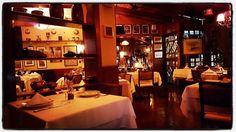 Está aí um lugar aconchegante. Um pedacinho da Itália em Goiânia! #goiania #goias #brasil #fotografia #fotografo #goianiawalk #goiasmais #goianianews #brasilemfotos #brazilian #brazil #pictures #samgung #s6edge #photographer #goianos #goianices #cantina #cantinasanmarco #italia #gourmet #italianos #italy #fotos_goias by thiagosilva01 http://ift.tt/25oI5qU