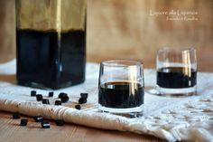 Liquore alla Liquirizia Red Wine, Alcoholic Drinks, Glass, Drinkware, Alcoholic Beverages, Corning Glass, Alcohol