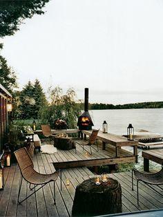 Eine Erhöhte Terrasse Mit Zwei Ebenen Und Pergola | Patio ... Beispiel Mehrstufige Holzterrasse