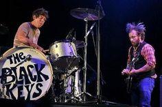 The Black Keys Are Coming Back To Vegas! Las Vegas Tickets, Las Vegas Concerts, Las Vegas Shows, The Black Keys, Drums, Percussion, Drum, Drum Kit