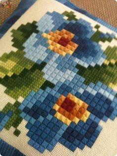 Crochet Bag Chart Free Pattern Granny Squares 67 Ideas For 2019 Pixel Crochet Blanket, Crochet Bedspread, Crochet Quilt, Crochet Pillow, Crochet Squares, Crochet Motif, Crochet Patterns, Granny Squares, Cross Stitch Rose