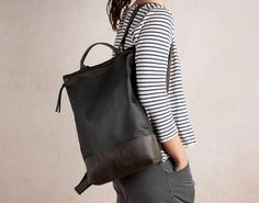 Sac a Dos en cuir noir, cuir sac à dos grande , sac à dos en cuir sac à main, sac à dos en cuir des femmes, sac à dos en cuir noire HANDMADE · HIBRID BLACK & GRAY Leather Backpack is characterized by its craftsmanship and its quality material and local origin. Large capacity backpack