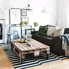 Pallet coffe table   Décoration de la maison