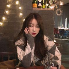 Pretty Korean Girls, Cute Korean Girl, Asian Girl, Ulzzang Korean Girl, Ulzzang Couple, Aesthetic Korea, Aesthetic Girl, Girl Korea, Uzzlang Girl