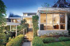 ที่จอดรถหน้าบ้าน บ้านสวยพร้อมสวน