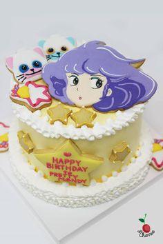 Pretty Creamy Mami Birthday Cake