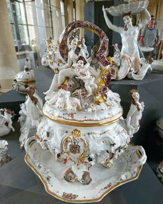 Dresden Porcelain, Fine Porcelain, Porcelain Ceramics, Ceramic Art, Art Object, Baroque, Eye Candy, Objects, Pottery