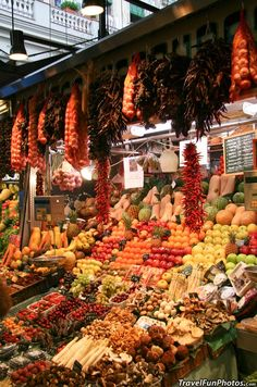 Colorful Produce Market in Barcelona, Spain The Places Youll Go, Places To Go, Begur Costa Brava, Beautiful World, Beautiful Places, Farmers Market, Produce Market, Traditional Market, Into The West