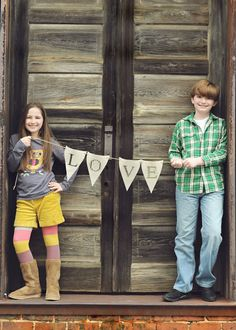 Cute idea for sibling photo shoot. These are my personal photo's for inspiration, only..