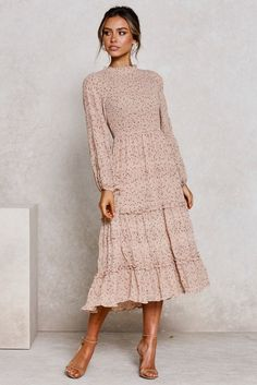Ladies fashion boutique offering a unique collection of affordable fashion pieces. Ladies fashion boutique offering a unique collection of affordable fashion pieces. Modest Outfits, Boho Outfits, Modest Fashion, Dress Outfits, Fashion Dresses, Dress Up, Nude Dress, Midi Dress Work, Skater Outfits