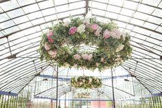 Boda en un invernadero. Wedding in a greenhouse.