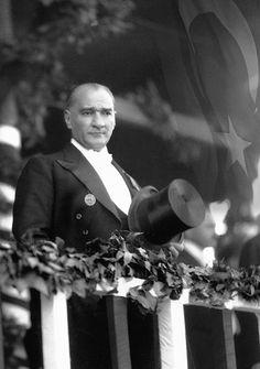 Çok özel Atatürk fotoğrafları