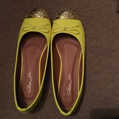 Yellow flats Never worn, yellow flats Givona Jolie Shoes Flats & Loafers