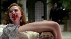 """""""True Blood Temporada 4"""" - El creador Alan Ball ha confirmado que, como en la novela, las brujas jugaran un papel importante en la cuarta temporada. También  Dane Haan, el excelente paciente de la segunda série de """"In Treatment"""", representará TImbo. Principalmente para adolescentes pero con suficiente morbo  para adultos..."""
