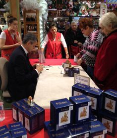Mr. Fontanini signing at a very busy event at @Lori Bronner's CHRISTmas Wonderland !