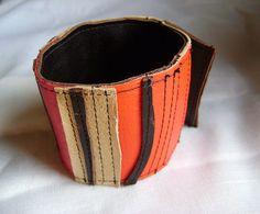 Bracelet en cuir recyclé réversible brun rouge et beige par Emillye