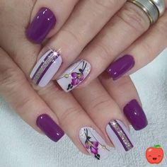 lavender nails — 30 Cool and Easy Halloween nail art designs for Women Flower Nail Designs, Flower Nail Art, Nail Designs Spring, Nail Art Designs, Diy Flower, Nails Design, Nail Art Rose, Spring Design, Purple Nail Art