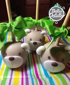 Manzana cubierta de chocolate. Decorada de oso. Apple chocolate bear baby shower http://www.facebook.com/eventosbellosdetalles