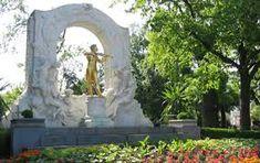 Bildergebnis für stadtpark wien Vienna, Arch, Outdoor Structures, Garden, Urban Park, Pictures, Garten, Lawn And Garden, Gardening