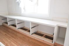 DIY bench seat with Ikea Nordli hack. How to build a window seat with storage. Ikea Nordli dresser hack. Window Seat Storage Bench, Hall Bench With Storage, Storage Bench Seating, Diy Bench Seat, Window Seats, Dining Table Bench Seat, Dining Bench With Back, Ikea Nordli, Ikea Wardrobe Hack
