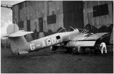 Photos of the World War 2 British twin engined fighter the Westland Whirlwind. Prototype, RAF in service and company development photos Ww2 Aircraft, Fighter Aircraft, Military Aircraft, Fighter Jets, Westland Whirlwind, Raf Bases, Hawker Hurricane, Experimental Aircraft, Supermarine Spitfire