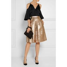 Oscar de la Renta Pleated metallic brocade skirt (7,305 SAR) ❤ liked on Polyvore featuring skirts, knee length pleated skirt, oscar de la renta skirt, oscar de la renta, metallic pleated skirt and pleated skirt