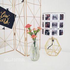 """Einfach mal """"Ich liebe dich"""" sagen.  Mit einem ganz individuellen Geschenk. Deine Lieblingsfotos leuchten. Magazine Rack, Home Decor, Pictures, Anniversary, Marriage Anniversary, Valentines Day, Light Fixtures, Simple, Decoration Home"""